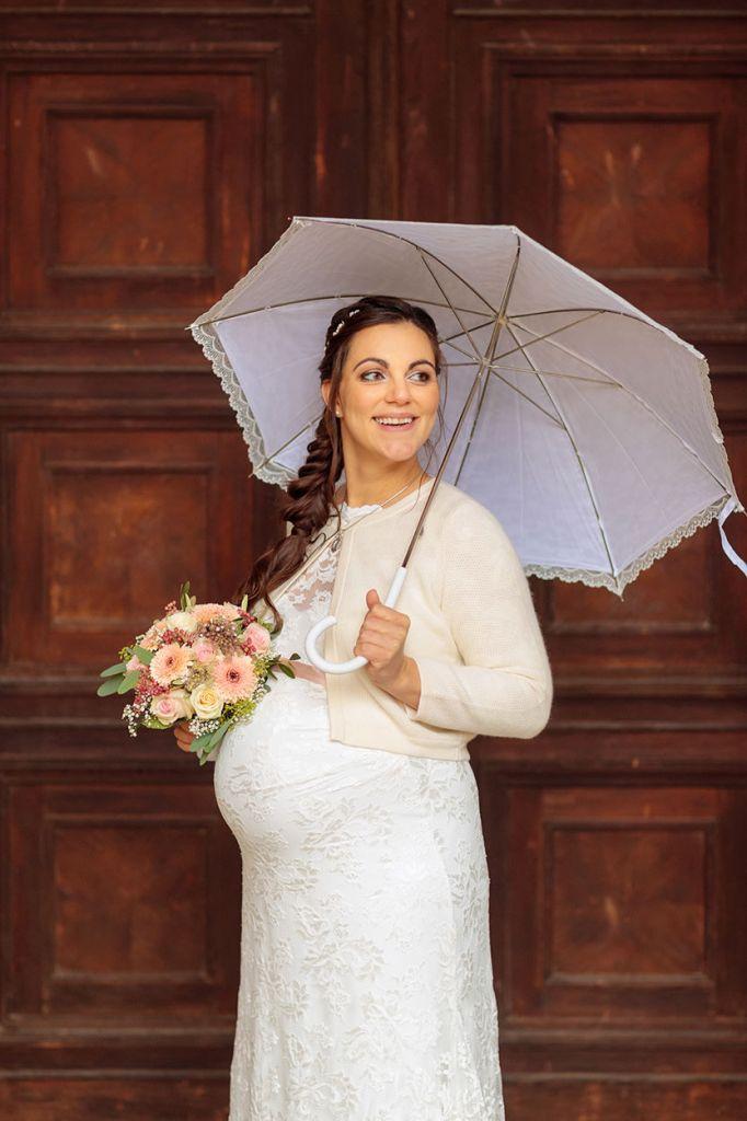 Braut mit Bolero