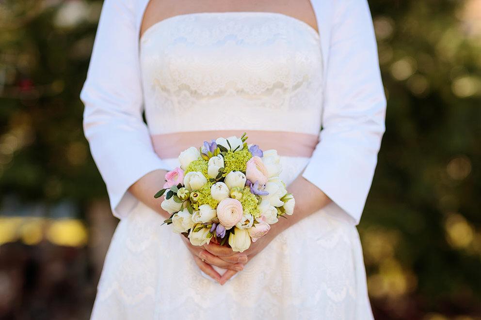 Kleiner Brautstrauss mit Tulpen