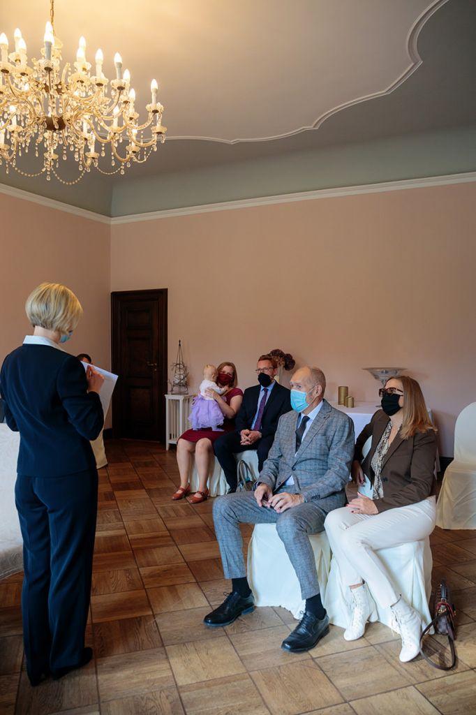 Hochzeit zu Corona im Schloss Kartzow