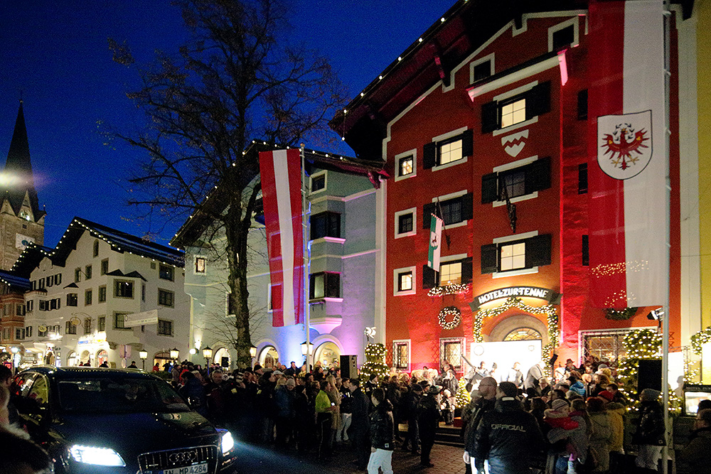 Hotel zur Tenne in Kitzbühel am Abend