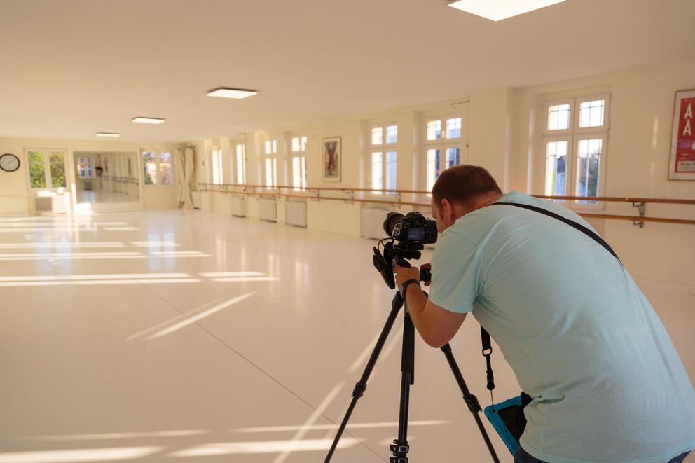 Unternehmensfotograf in Berlin fotografiert Tanzstudio von Tanzschule