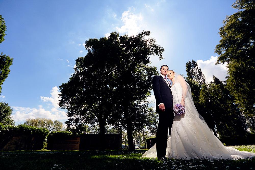 Hochzeitsfotos im Lustgarten Potsdam bei Sonnenschein