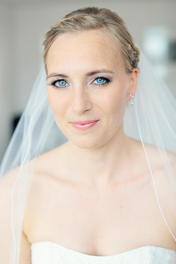 Portrait Foto der Braut nach Styling
